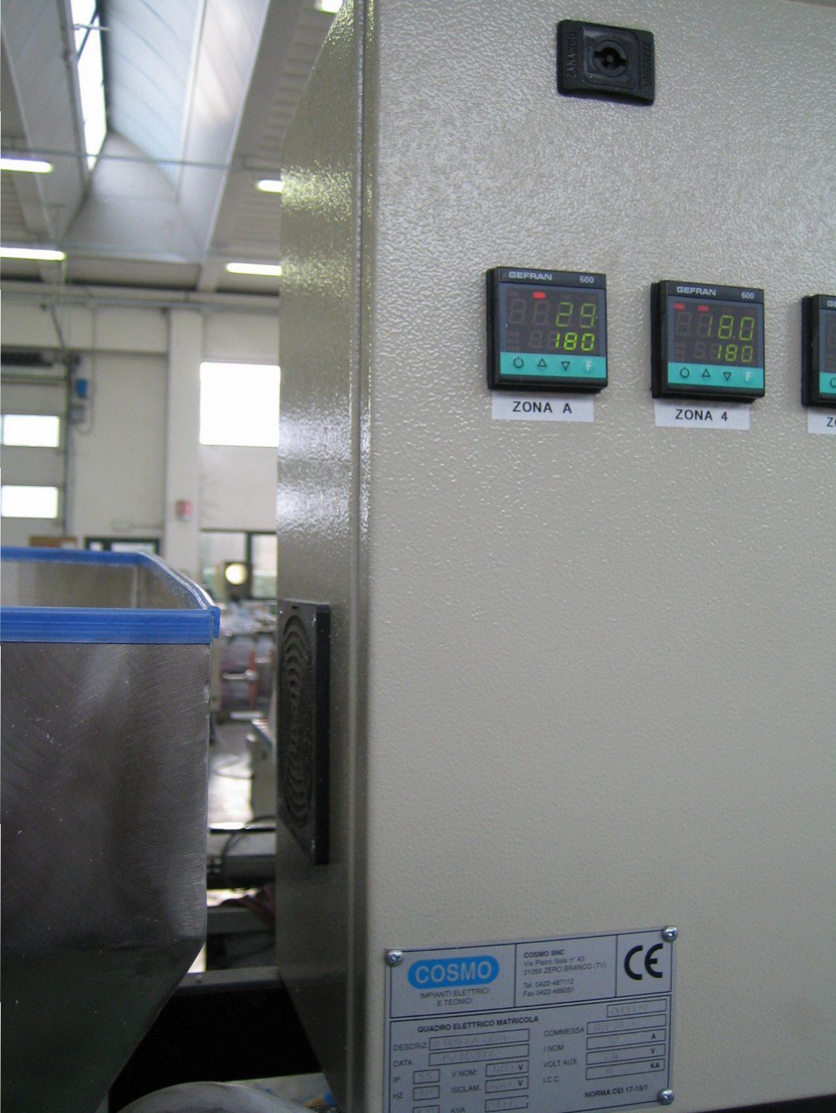 quadro elettrico impianti elettrici industriali cosmo sas